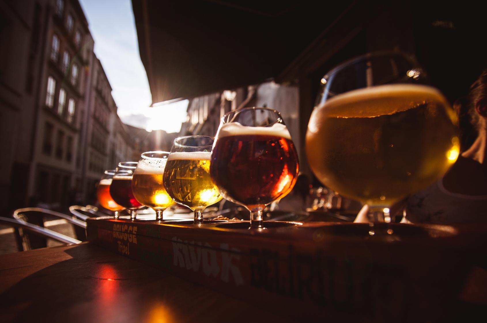 街コンレポート_6種類のビールが並んでいます