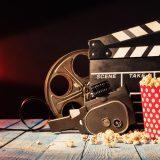 街コンレポート_ポップコーンと映画撮影用のカチンコ、フィルムが置いてあります