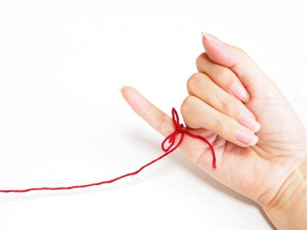 街コンレポート_小指に赤い糸が結ばれている